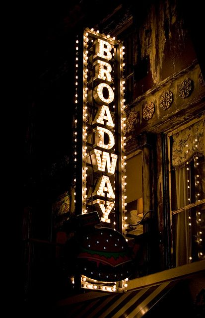 Traveling to NYC? Book your Broadway tickets in advance!